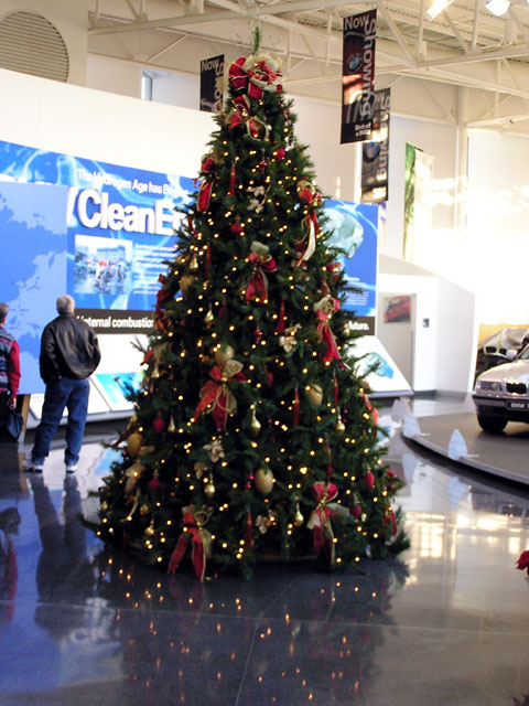 Christmas Tree at the BMW Zentrum